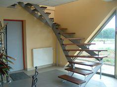 escalier a ossature en acier