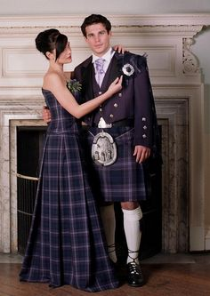 Heritage of Scotland -- plaid wedding party :) Claire, I would love this.