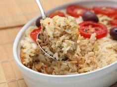 Arroz de Forno com Bacalhau     Receita originária de Portugal, o Arroz de Forno com Bacalhau é uma opção prática e deliciosa para saborear um bom bacalhau. Experimente!