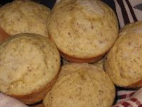 Rumble In The Kitchen: Lemon Flax Seed Muffins (Breakfast Rumble!)