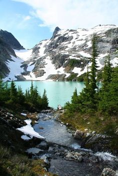 Beautiful Jade Lake in the Necklace Valley, Alpine Lakes Wilderness,WA