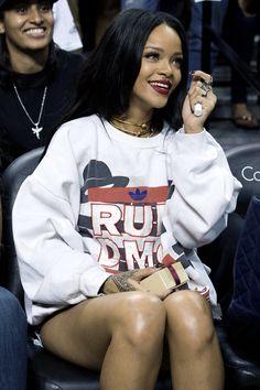 Rihanna  http://CelebNewsPlus.com