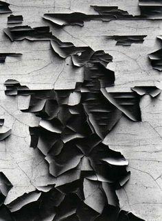 Aaron Siskind peeling paint Visual elements