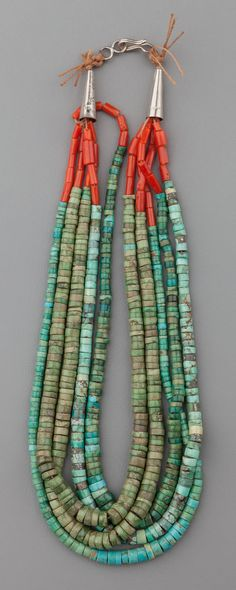 A PUEBLO TURQUOISE AND CORAL NECKLACE. c. 1930.