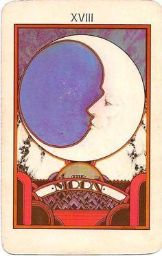 la luna   tarot card.
