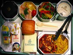 What Food Middle Eastern Airlines Serve to Passengers