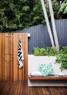 Every verdant corner of this tranquil backyard has been brought into play