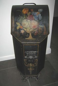 Antique tin toile tole painted coal shuttle bucket bin