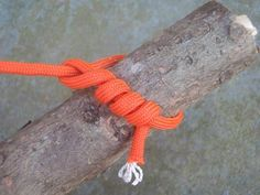 OL's survival expert Tim MacWelch highlights 20 essential knots and how to tie them. From the simple Square Knot to the more exotic Barrel Hitch, this gallery has them all. Wilderness Survival, Camping Survival, Outdoor Survival, Survival Prepping, Survival Skills, Survival Gear, Camping Hacks, Survival Knots, Emergency Preparation