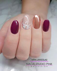 #veralangeslag #nagelstudiopink #nails #arnhem #sparkle #nailart #glitter #crystalnails
