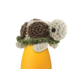 the innocent big knit. Knitting and crocheting little hats to raise money to help keep older people warm in winter. Easter Crochet, Knit Or Crochet, Cute Crochet, Crochet Toys, Knitting Projects, Crochet Projects, Sleeping Fox, Crochet Mignon, Knitting Patterns