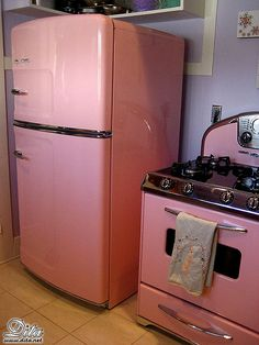 VINTAGE GE PINK OVEN AND STOVETOP | Pink Kitchen Appliances - a gallery on Flickr