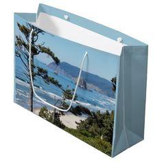 Oregon Coastline Large Gift Bag #travel #gifting #giftpresentation