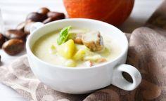Maroni sind echte Allrounder in der Küche. Mit Sauerrahm verfeinert schmeckt dieses Rezept für Herbst-, Winterlicher Maroni-Eintopf einfach wunderbar. Fondue, Soup, Cheese, Ethnic Recipes, Peeling Potatoes, Stew, Side Dishes, Soups