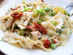 Beer. Butter. Bacon.: Pasta Salad with Herbs, Sundried Tomatoes  and Roa...