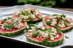 Wassermelone mit Schafskäse, Thailändische Erdnuss-Sosse, Salat aus Ofenkartoffeln
