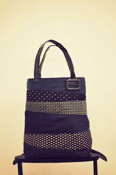 Krawattenbag - Herrenkrawatten, LKW PLane, Damengürtel, Zippinnentasche, 100%recycling