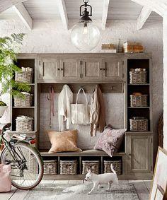 Minimalist Mudroom Entryway Decor Ideas 19 – Home Design Rustic Entryway, Rustic Bench, Entryway Decor, Entryway Bench, Entryway Ideas, Hallway Ideas, Foyers, Pillow Texture, Entryway Furniture