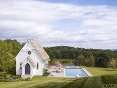 HOUSE TOUR: A Minimalist, Moroccan-Inspired Pool House In New York