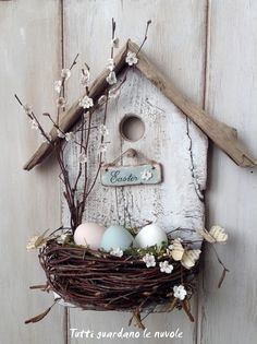 spring decoration tinker with natural materials wood-birdhouse-bird nest branches -.- spring decoration tinker with natural materials wood-birdhouse-bird nest-branches-easter eggs Spring Crafts, Holiday Crafts, Wood Crafts, Diy And Crafts, Primitive Crafts, Cardboard Crafts, Fabric Crafts, Deco Floral, Easter Wreaths