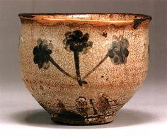 Karatsu Teabowl with iron slip, Momoyama period