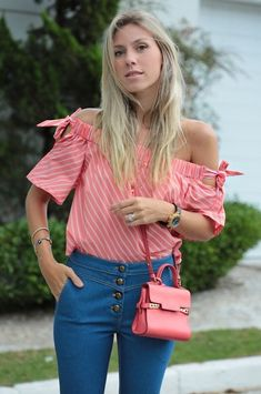 20 Tips for Who Want To Wear Business Casual Jeans Women Business Casual Jeans, Fashion And Beauty Tips, T Shirt Diy, Corsage, Casual Looks, Marie, Casual Outfits, Street Style, Trending Outfits