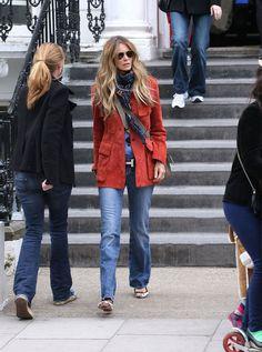 Elle Macpherson's Bohemian-Cool Style Style Cool, Style Casual, Casual Fall Outfits, Casual Elegance, Spring Outfits, My Style, Elle Macpherson, Boho Fashion, Winter Fashion