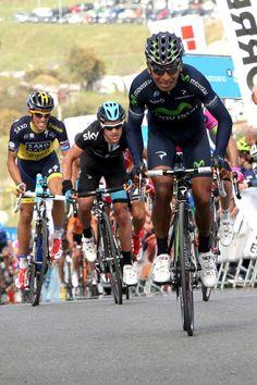 Nairo Quintana (Movistar) been chased by Richie Porte (Sky) & Alberto Contador (Saxo Tinkoff)