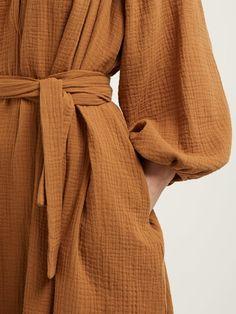 Conscious Fashion: What's in my cart and brands I'm loving — aoakto Modest Fashion, Hijab Fashion, Fashion Outfits, Woman Outfits, Fashion Fashion, Mode Kimono, Gauze Dress, Kimono Dress, Style Casual