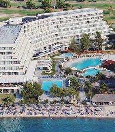 Spa Center, Walter Gropius, Family Resorts, Hotel Spa, Marina Bay Sands, Environment, Vacation, Mansions, Architecture