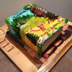 What a beautiful cake and amazing inspiration to all of you who'd love to throw a Gruffalo party! Fondant, Gruffalo Party, Gravity Cake, Sea Cakes, Book Cakes, Different Cakes, Novelty Cakes, Diy Cake, Creative Cakes