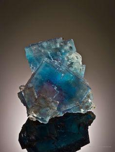 Fluorite (phantoms)  Minerva No. 1 Mine, Cave-in-Rock Sub-District, Hardin Co., Illinois, USA ex. Ross Lillie Small Cabinet, 9.5 x 7.5 x 4.5 cm