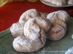 Sugar Dreams: Typical Sicilian biscuits:  almond paste cookies
