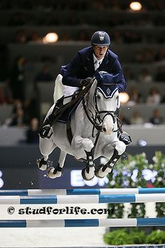 daniel deusser and cornet d'amour
