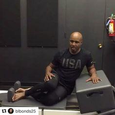 Former San Francisco Giant Barry Bonds regularly gets his Pilates on! #balancedbody #barrybonds #mendopilates #pilatesforathletes (video via @blbonds25) @6degreesofmotion