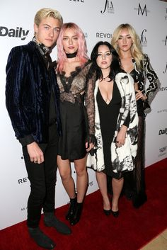"Models Lucky Blue Smith, Pyper America Smith, Starlie Smith and Daisy Clementine Smith | Attends the Daily Front Row ""Fashion Los Angeles Awards"" at Sunset Tower Hotel on March 20, 2016 in West Hollywood, California ❤"
