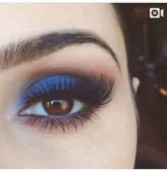 I wouldn't usually go for blue eyeshadow but this looks beautiful! More The post I wouldn't usually go for blue eyeshadow but this looks beautiful! appeared first on Make Up. Eye Makeup Tips, Smokey Eye Makeup, Makeup Goals, Skin Makeup, Makeup Inspo, Makeup Inspiration, Makeup Ideas, Makeup Products, Makeup Brushes