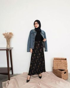 Likes, 82 Comments - Firrrr ( on In Modern Hijab Fashion, Hijab Fashion Inspiration, Muslim Fashion, Modest Fashion, Korean Fashion, Ootd Hijab, Casual Hijab Outfit, Hijab Chic, Modest Outfits