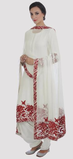 New looks released across everyday luxury, light occasion wear, special occasion wear and bridal collections. Indian Attire, Indian Wear, Indian Heritage, Embroidery Suits, Eid Collection, Churidar, Salwar Kameez, Hijab Fashion, Eid 2018