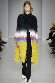 Marco de Vincenzo Spring 2016 Ready-to-Wear Fashion Show. Printemps 2016 prêt-à-porter #mode #fashion