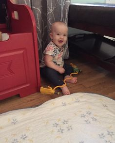 #CuteBaby learnin how to #crawl.