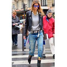 Streetchic #style #street #styling #stylish #streetstyle #streetfashion #fashion #fashionable #jean #luxury #luxuryfashion #women #woman #girl #hair #sunglasses #jeanstyle