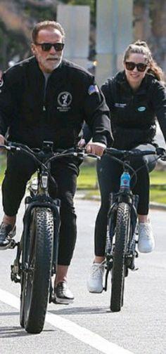 Celebrity Stars, Star Children, Arnold Schwarzenegger, Bicycle, Celebrities, Bike, Celebs, Bicycle Kick, Bicycles
