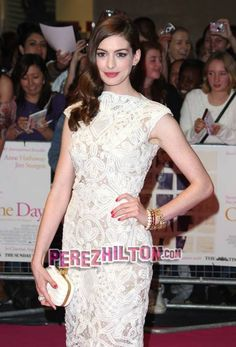 Anne Hathaway in this amazing dress that I JUST pinned to my other board, now she's wearing it! Jealous!