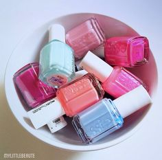 Essie nailpolish