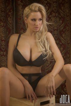 Jordan Carver preview of her set Theater