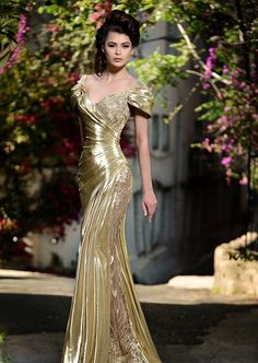Gorgeous Evening Dresses (Page How to decide on night costume? The principles of selecting night clothes in response to physique contours, how are you going to finest present your p. Satin Dresses, Elegant Dresses, Pretty Dresses, Beautiful Gowns, Beautiful Outfits, Gorgeous Dress, Best Party Dresses, Evening Dresses, Prom Dresses