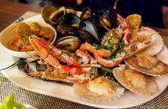 Grigliata di crostacei | Grilled shellfish, Portogaribaldi, Lidi di Comacchio. Emilia-Romagna, Italy