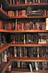 Shelfari_Gaiman_Bookshelves_Downstairs_DSC_2488