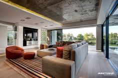 Pearl Valley 276 by Antoni Associates | HomeDSGN, a daily source for inspiration and fresh ideas on interior design and home decoration.